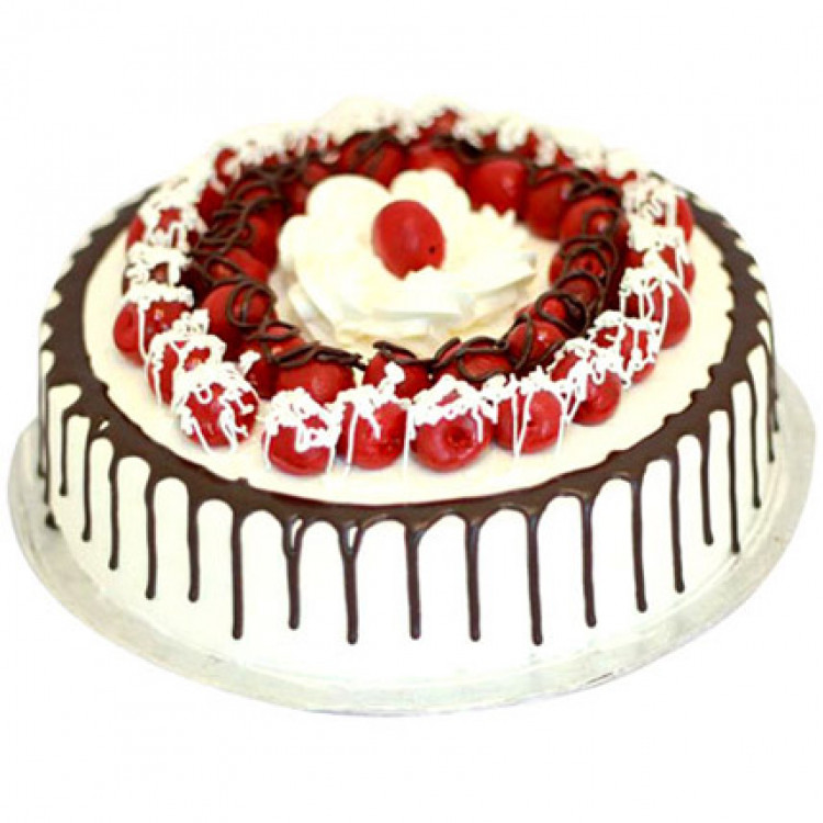 Cherry Blackforest Cake 5 Star Bakery