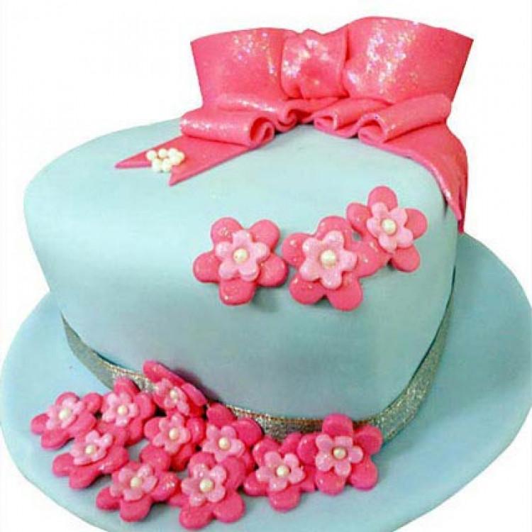 Fondant Hat Cake