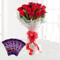 Stuning Red Roses With Chocolates